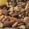 ミックスナッツで便秘予防しながらダイエット!!食物繊維が多く含まれるナッツの栄養と健康効果とは?