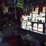 フィリピンの何でも屋さん「サリサリ」で売られている変わったものとは?