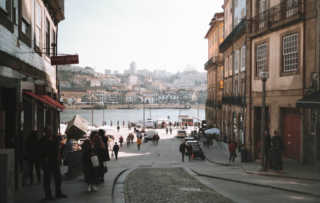 Porto Travelguide: Mein Airbnb, vegane Cafés, Must-Sees