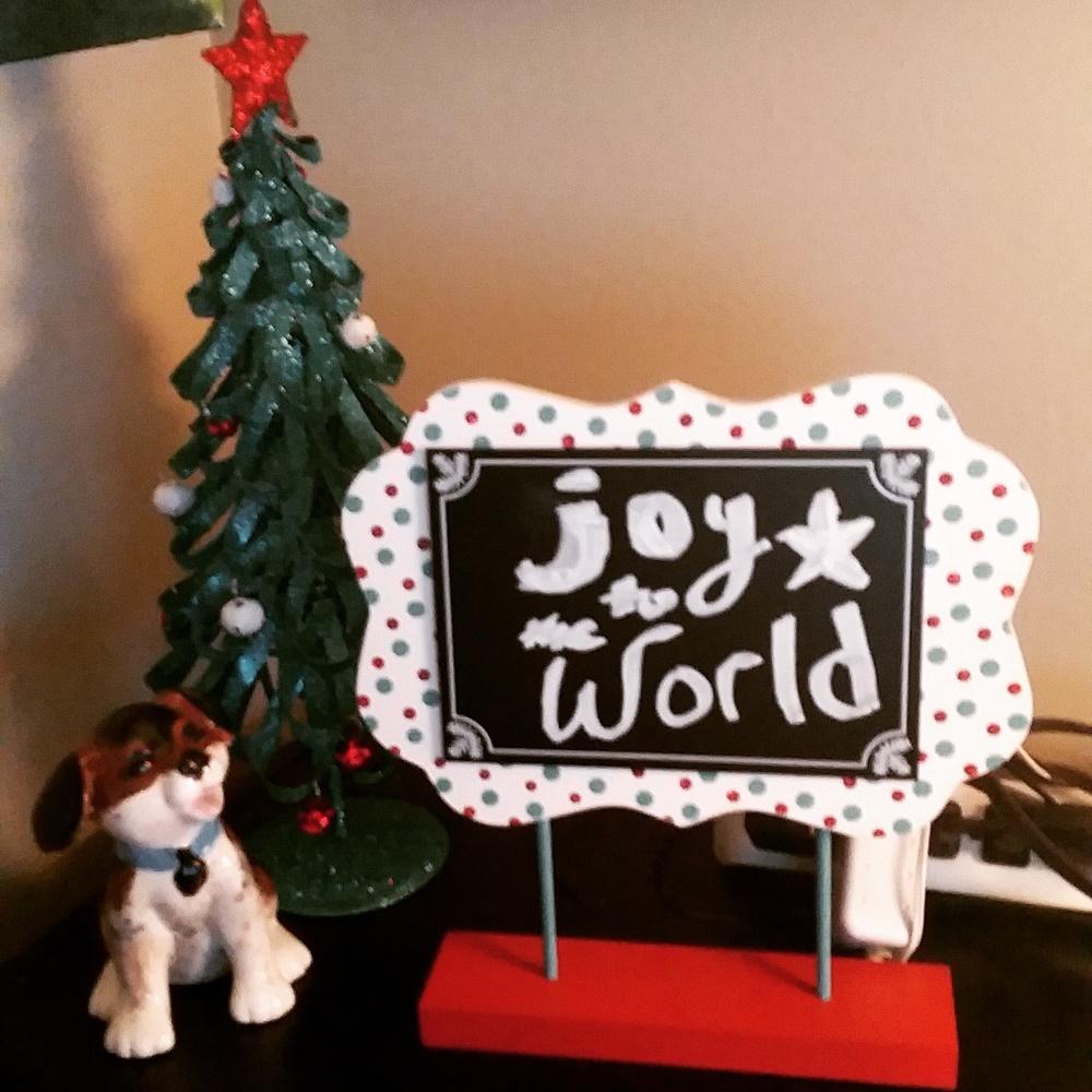 Home desk decorations