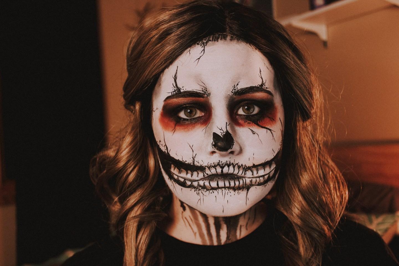 Grunge Skull Makeup 1