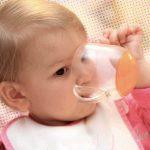 Como descongelar e oferecer leite materno