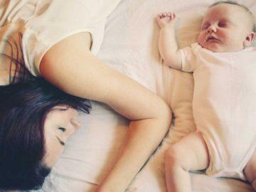 Por que mães estão sempre com sono