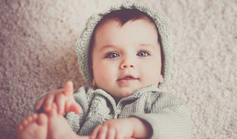 Hora da bruxa em bebês: o choro no fim do dia que preocupa mães