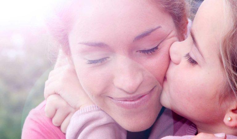 Duas maiores polêmicas da maternidade: parto e amamentação
