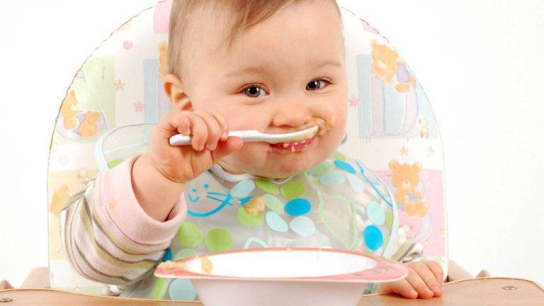 Introdução alimentar com 6 meses de idade