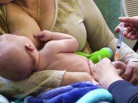Leite materno é analgésico em procedimentos dolorosos