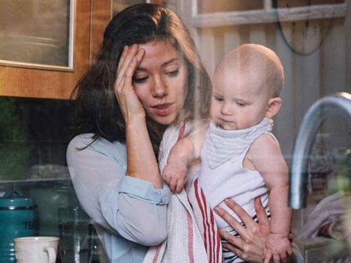 Estudo: Ser mãe equivale a ter quase 3 empregos