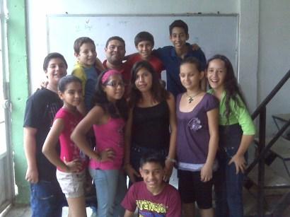 parte del grupo de Nativos digitales con www.depampanito.com con el Prof. Carlos Gómez