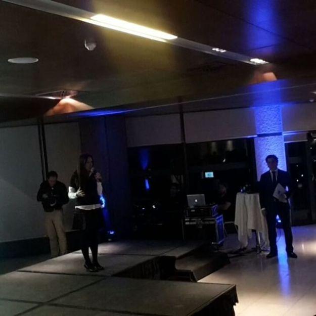 Presentación de evento corporativo en el hotel Mirasierra Suites Madrid. #Dinámicadegrupo #actividadesgrupo #teambuilding #eventocorporativo Www.presentadordeeventos.comWww.guillermocasta.comTel 644 597 199Mc@maestrodeceremonias.es