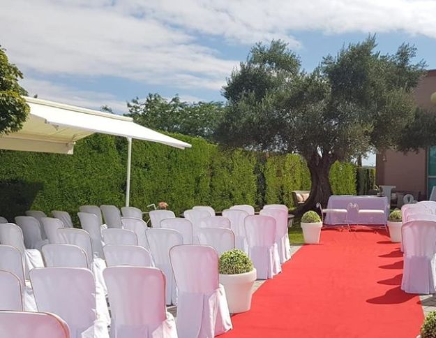 Celebramos como maestro de ceremonia una boda civil simbólica en Cadreita Navarra