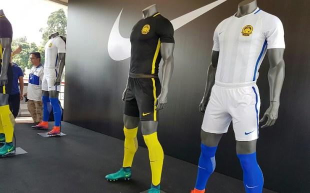 Jersey Bola Malaysia Tandang - Buat Jersey Bola