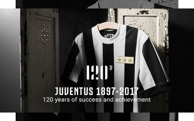 Jersey Sepak Bola Juventus perayaan 120 tahun