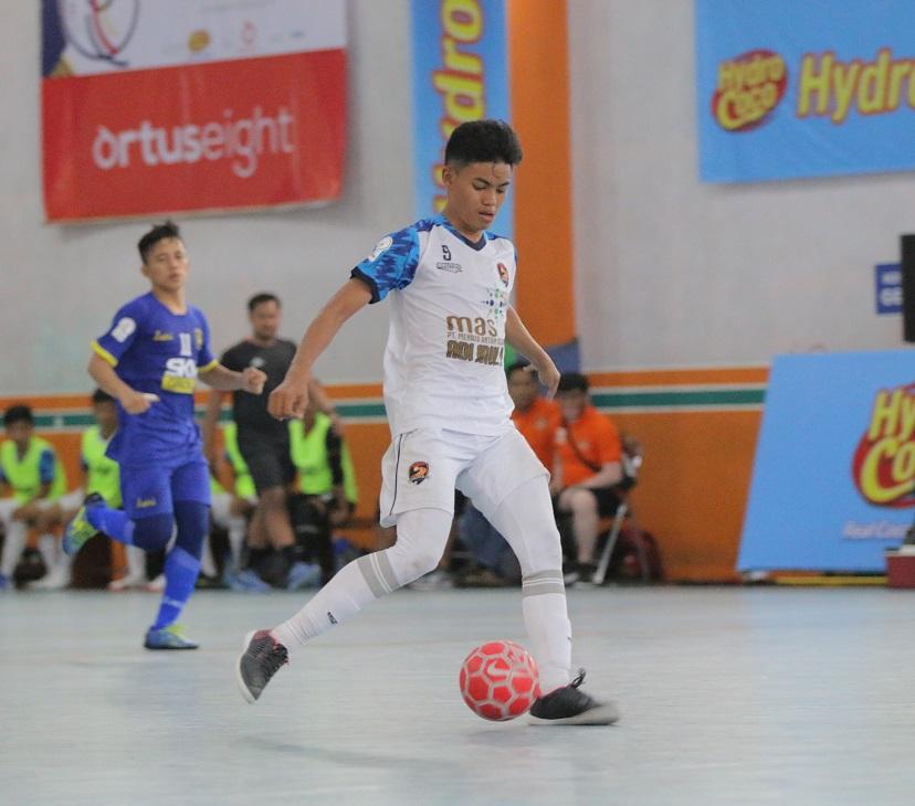 Seragam Dari Maestro Untuk Young Rior FC