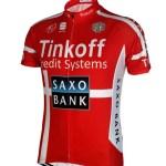 desain dengan motif kaos sepeda merah putih