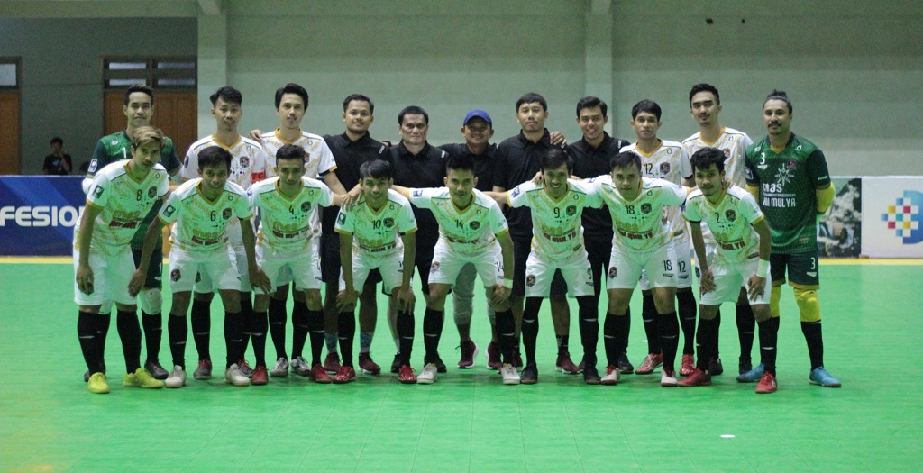 Jersey Away Young Rior