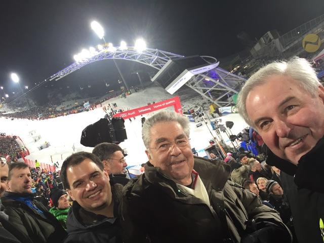Selfie postat de către Președintele Federației Austria; Sursa: Heinz Fischer