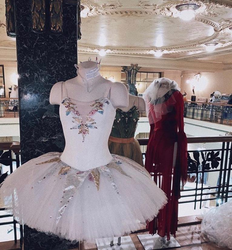 «Русский балет – мода навсегда. Живопись, графика, скульптура, декоративно-прикладное искусство» в Музее Моды в Гостином Дворе