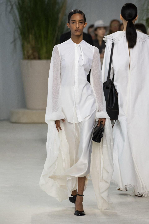 Белая рубашка с рукавами из льна Loewe