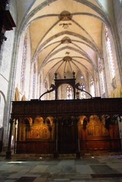 Le jubé, par où entraient toutes les processions, a été conçu comme un arc de triomphe introduisant le croyant au ciel.