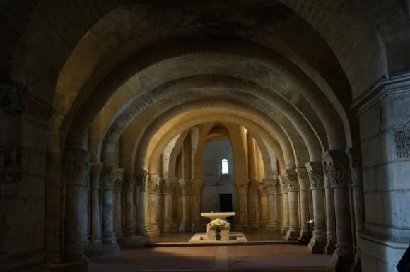 saintes -saint eutrope eglise basse tombeau1