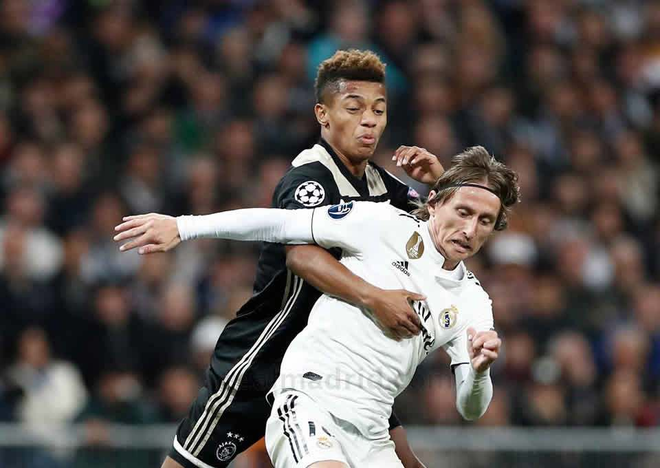 Modric na derrota do Real Madrid para o Ajax, sendo eliminado da Champions League 2019 (Créditos: Helios de la Rubia / Real Madrid)
