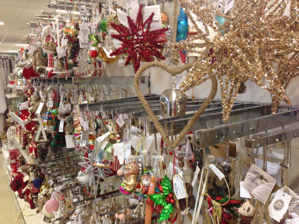 Christmas Decorating Ideas Shelves