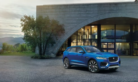 jaguar-f-pace_wwcoty2016_01