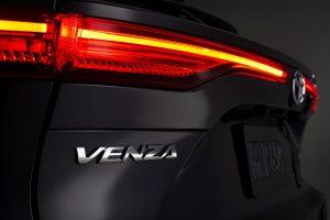 2021-Toyota-Venza_Exterior_014