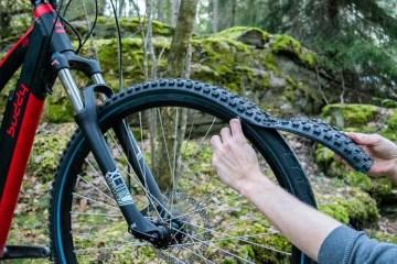 一分鐘換車輪:reTyre 拉鍊式模組化輪胎更新