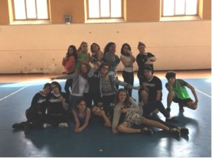 Un folto gruppo di studenti del Ciampini-Boccardo alle Olimpiadi della Danza di Torino CorriereAl