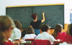 Piena solidarietà ai precari della scuola pubblica CorriereAl