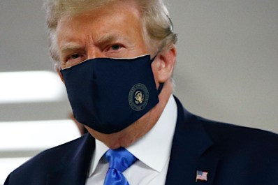 In Email to Supporters, Trump Encourages Use of Face Masks - maganews2020
