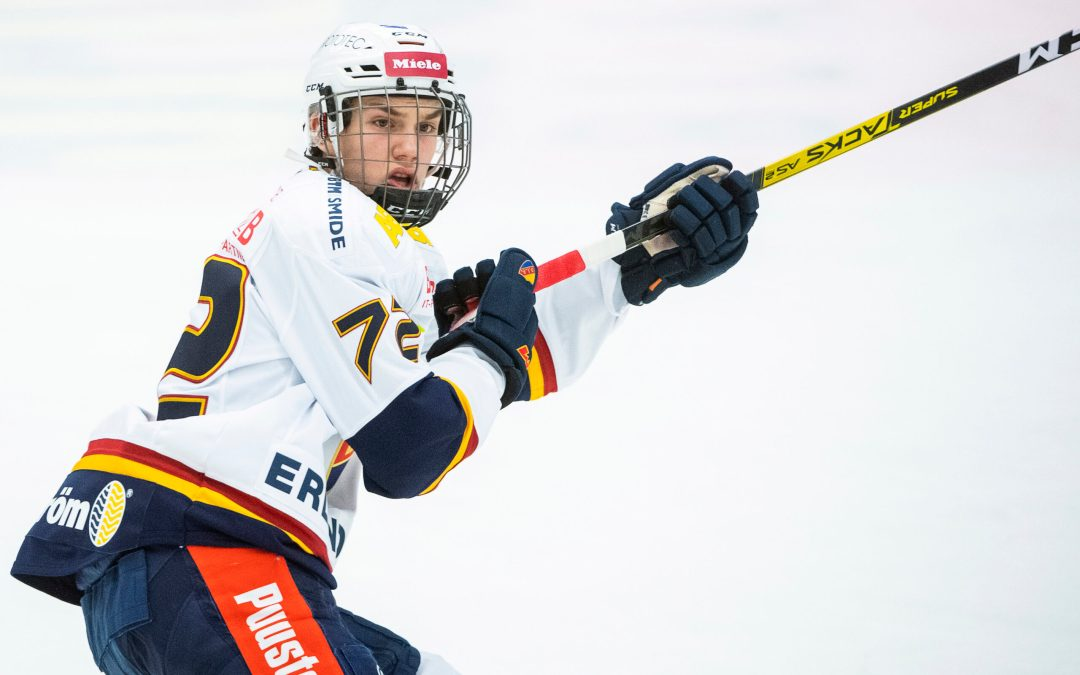 Det startade i Trångsund och nu har drömmen slagit in för Eklund