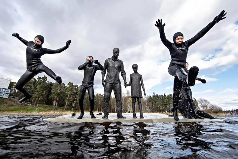 Nå kan du oppleve de verdenskjente undervannskulpturene til Jason DeCaires Taylor i Sandvika