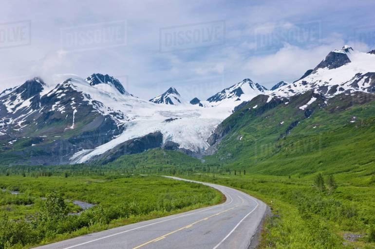 Best American road trips is Richardson Highway, Alaska