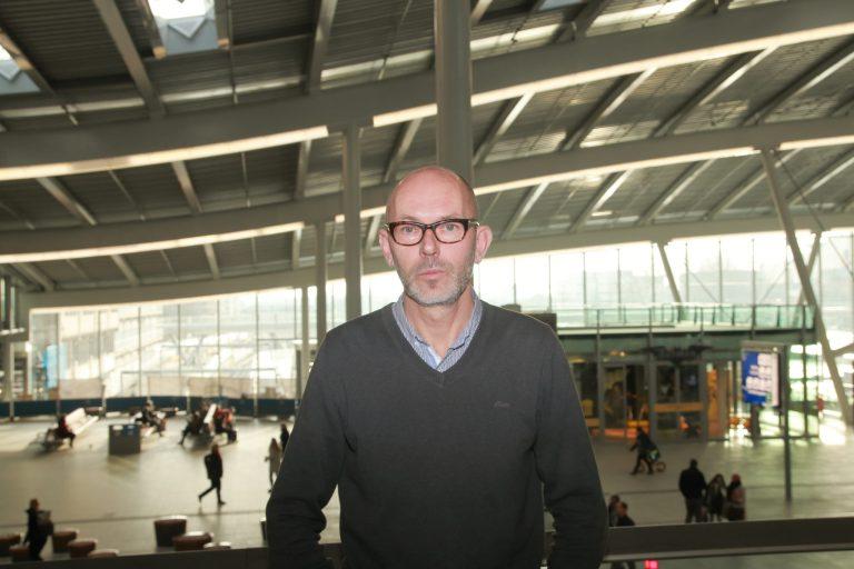 Nederlands topcolumnist Stevo Akkerman: 'Over waarden en zin spreken lijkt taboe'