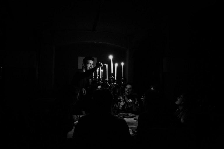 Dineren in het donker en andere verb(l)indende initiatieven