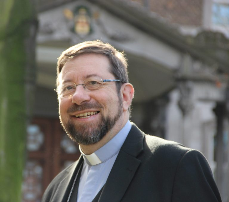 Bisschop van Luik Jean-Pierre Delville: 'We moeten meer solidair zijn, omdat we ook meer kwetsbaar zijn.'