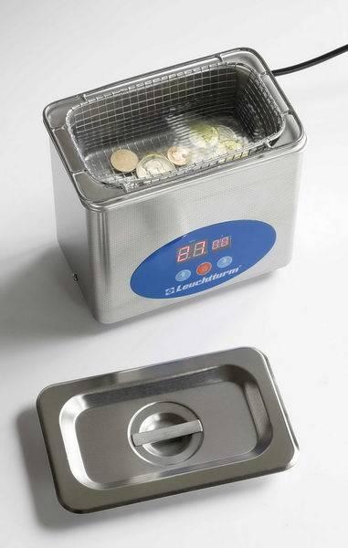 Jak na čištění mincí a medailí? Zkuste ultrazvukovou čističku