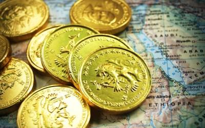 Původ názvů měn v jazyce: od dolaru až po korunu