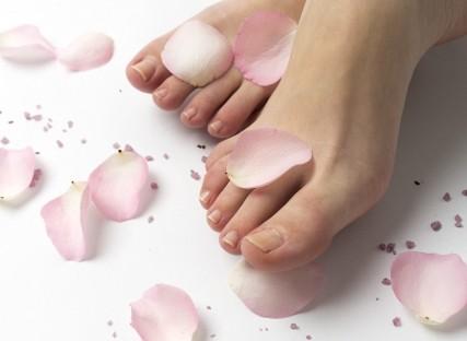 【足の測定・事例】指は痛いにのに、かかとは脱げる!それは長〜い指のせい?!
