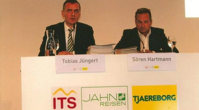 Sören Hartmann, Sprecher der Geschäftsführung (r.) und Tobias Jüngert, Bereichsleiter Unternehmenskommunikation während der Pressekonferenz in Salzburg