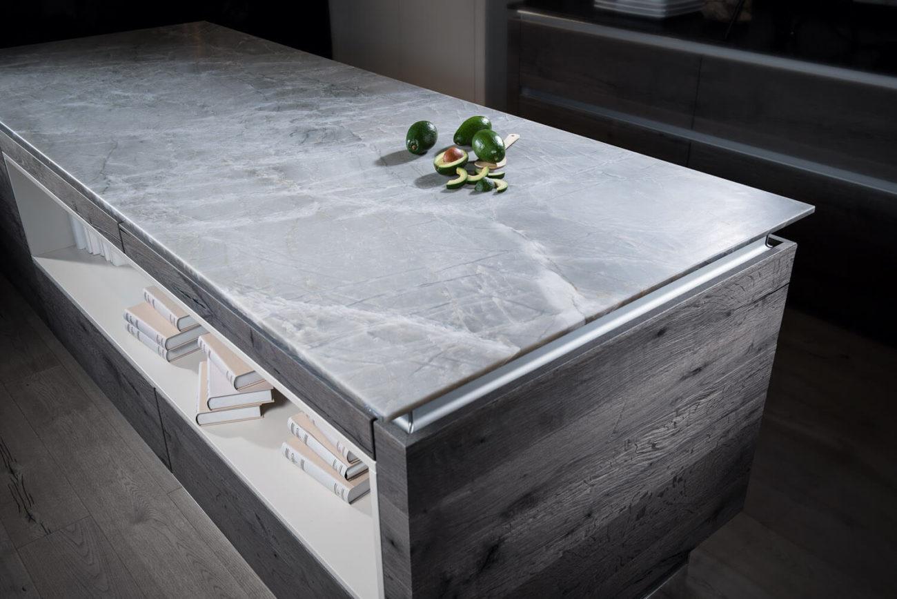 Arbeitsplatten Aus Quarzkomposit Vorteile Nachteile Marken Hersteller Reinigung Und Pflege Kuchenfinder