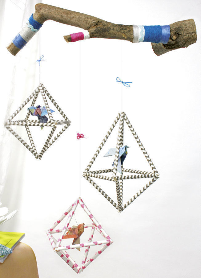 Makerist-Basteln-mit-Kindern-50-DIY-Projekte-Mobile-mit-Origami-Vögeln