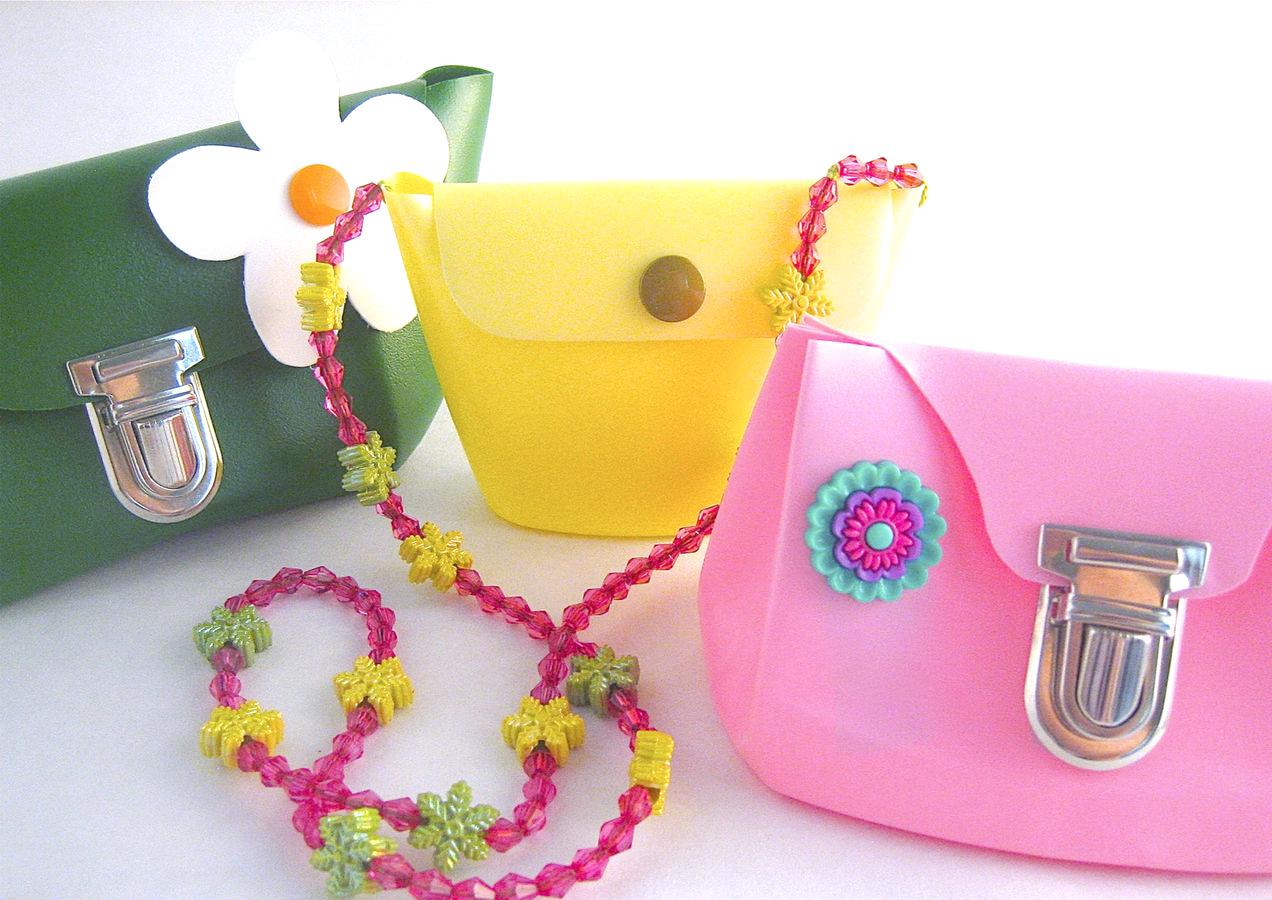 Makerist-Basteln-mit-Kindern-50-DIY-Projekte-Taschen-aus-Shampoo-Flaschen