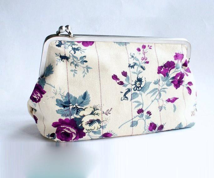 Tolle-Taschen-selber-nähen-29-Schnittmuster-mit-Anleitung-Clutch-mit-Taschenbügel