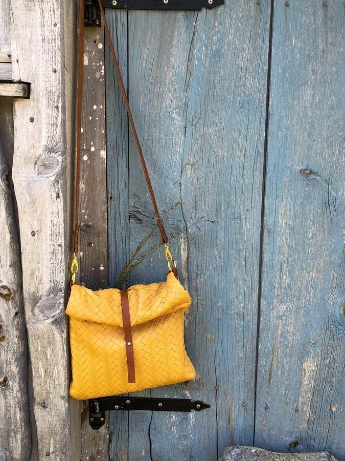 Tolle-Taschen-selber-nähen-29-Schnittmuster-mit-Anleitung-Rolltoptasche-Roja-1