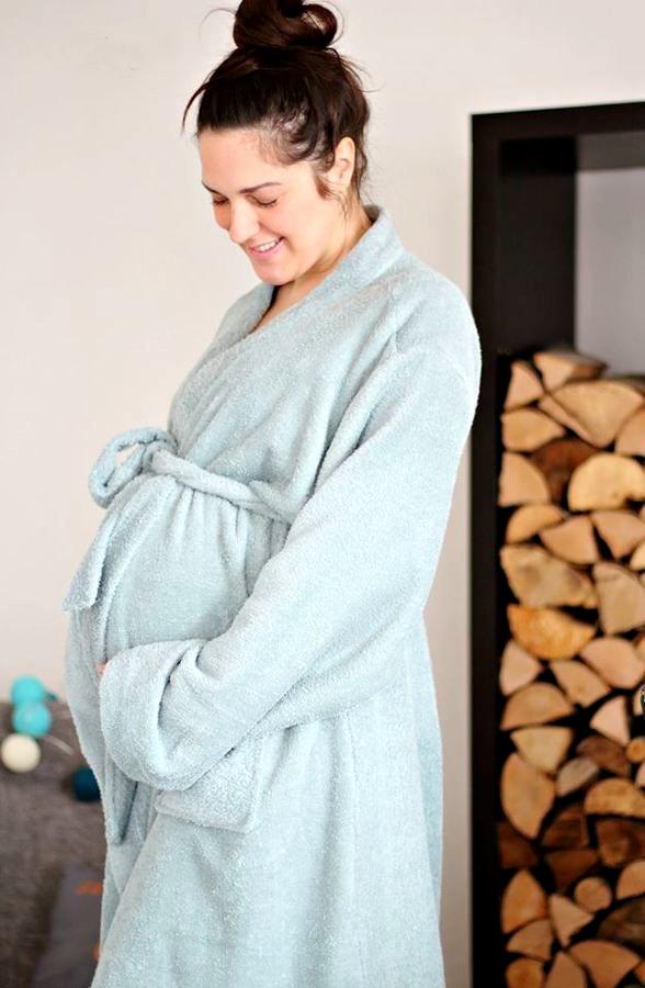 Schlafanzüge-und-Bequemes-17-Anleitungen-für-die-Pyjama-Party-Bademantel-für-Frauen