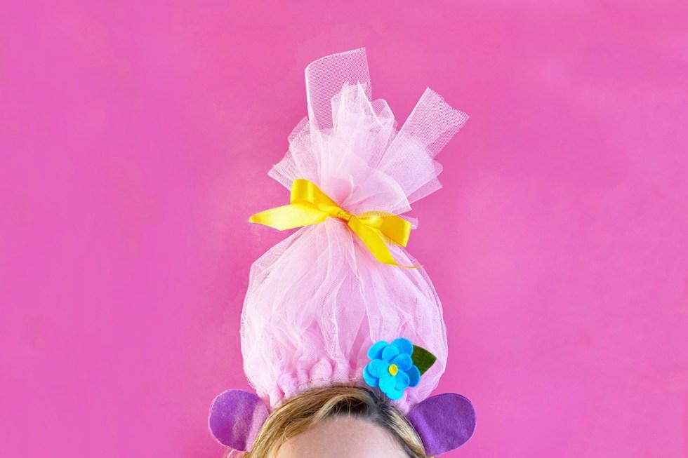 Makerist-Troll-Kostüm-selbermachen-Haarschmuck-1